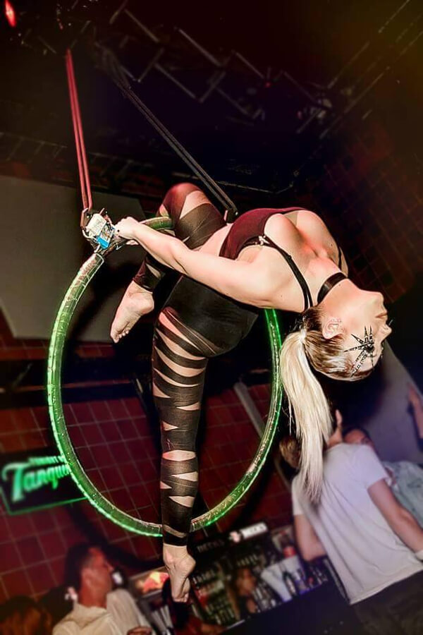 Akrobatik Tänzerin Essen