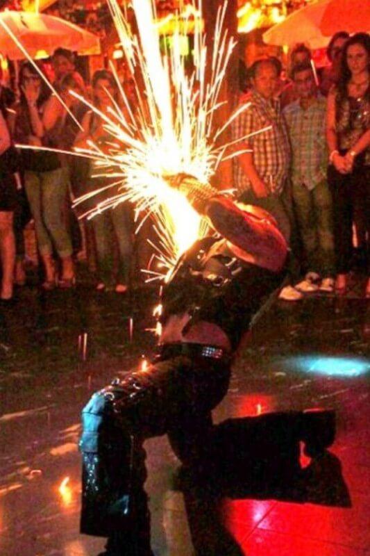 Feuershows aus Köln zur Hochzeit buchen