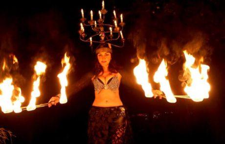 Feuershow und Bauchtanz